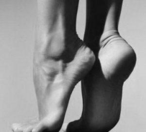 dita piedi sopra bioenergetica